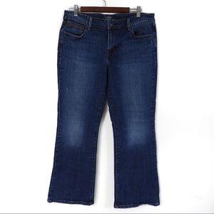 Y148 Levi's Demi Curve Classic 32 Bootcut Jeans